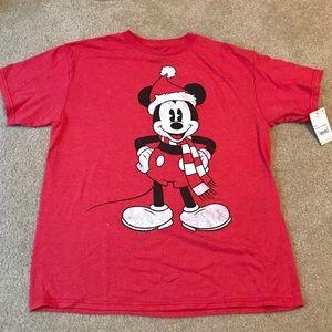 NWT Mickey Mouse Santa T-shirt (L)